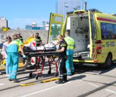 23 augustus Fietser gewond na aanrijding met auto Delft
