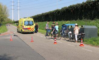 22 april Twee fietsers gewond na aanrijding Lotsweg Den Hoorn