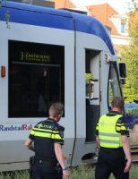 20 juni Tramverkeer korte tijd gestremd na aanrijding Waldeck Pyrmontkade Den Haag