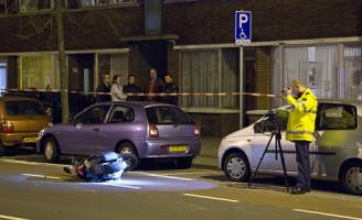 25 maart Scooterrijder aangereden door auto Den Haag