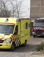31 maart Twee personen zakken door vloer Schieweg Delft