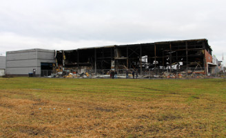30 november Zeer Grote Brand in bedrijfspand Klopperman Wateringen [FOTO UPDATE]