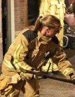 19 december Brandweer druk bezig met brand in  kiprestaurant Voldersgracht Delft