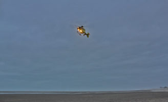 25 februari Kitesurfer zwaargewond na val op water De Zandmotor Monster