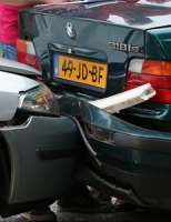 10 september Drie voertuigen betrokken bij kop-staart aanrijding Prinses Beatrixlaan Rijswijk [Video]