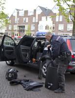 14 april Politie inval Veenkade Den Haag