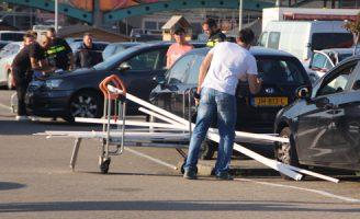 15 oktober Gewonde bij bizar ongeluk parkeerplaats Hornbach 's-Gravenzandseweg Wateringen