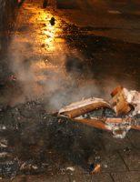 22 september Bankstel in de vlammen na brandstichting Kaapseplein Den Haag