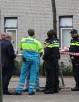 9 oktober Verwarde man dreigt van dak te springen Meerkoetlaan Delft [VIDEO]