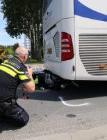5 juli Motorrijdster gewond na aanrijding met touringcar Rotterdamseweg Delft