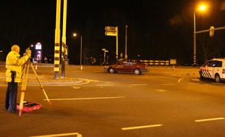 Aanrijding tussen personenauto en politieauto Papeweg
