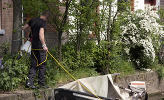 25 april Groot onderzoek na vondst plasjes bloed Delft