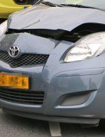 10 mei Éen gewonde bij aanrijding met 2 auto's Escamplaan Den Haag