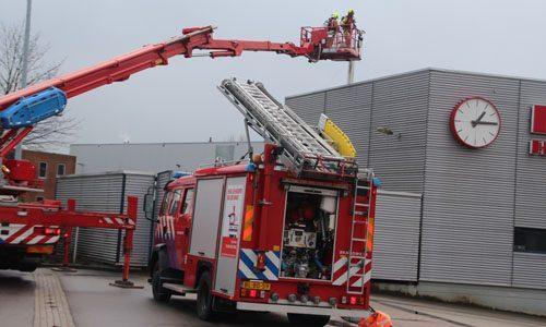 """<h2><a href=""""http://district8.net/15-december-oms-melding-blijkt-een-schoorsteenbrand-te-zijn-transportweg-maasdijk.html"""">15 december OMS-melding blijkt een schoorsteenbrand te zijn Transportweg Maasdijk<a href='http://district8.net/15-december-oms-melding-blijkt-een-schoorsteenbrand-te-zijn-transportweg-maasdijk.html#comments' class='comments-small'>(0)</a></a></h2>  Maasdijk - De brandweer werd vrijdagmiddag gealarmeerd voor een OMS melding bij BUD Holland B.V op de Transportweg in Maasdijk. Na een verkenning bleek er een brandje te woede in/bij"""