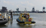 22 juni Opvarende boot onwel Nieuwe Waterweg Hoek van Holland