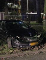 14 januari Bestuurder onder invloed klapt op boom Segbroeklaan Den Haag