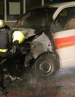 14 juli Bestelbus in brand gestoken Teding van Berkhoutlaan Delft