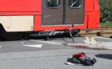 23 augustus Vader en kind gewond na aanrijding met tram Laan van Nootdorp Nootdorp