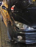 9 november Auto over de kop bij ongeluk Pletterijkade Den Haag