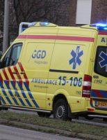 2 januari Bestuurder Crossbrommer flink gewond bij aanrijding Willen III straat Wateringen