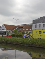 6 mei Bestuurster gewond na aanrijding Buitenwatersloot Delft