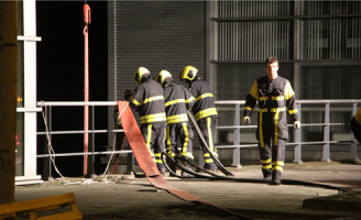 11 maart Grote brand bij asfaltcentrale Zonweg Den Haag [VIDEO]