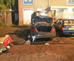 17 augustus Felle brand verwoest auto Latijns-Amerikalaan Delft [VIDEO]