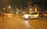 18 februari Flinke schade bij aanrijding met boom en lantaarnpaal Bonairestraat Delft
