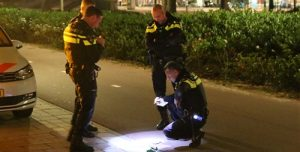 20 oktober Vandalen steken scooter in brand Bij De Westermolens Den Haag