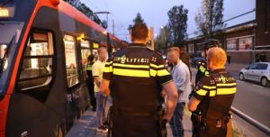 24 juni Vechtpartij in tram zorgt voor flinke politie inzet Dynamostraat Den Haag