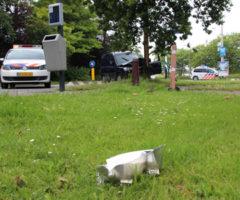 28 juni Auto vliegt uit de bocht Dijkweg Honselersdijk