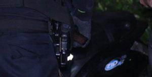 30 mei Man met vuurwapen aangehouden Wognumstraat Den Haag [VIDEO]