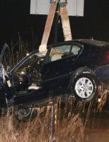 2 maart Auto belandt in het ijskoude water Hazepad Rijswijk [VIDEO]