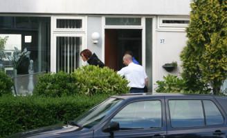 01 juni kindje valt uit het raam Multatuliweg