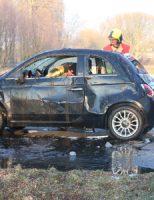 28 februari Automobilist ramt lantaarnpaal en eindigt in sloot Noordweg Pijnacker