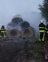 Hooibalen in brand Bieslandseweg