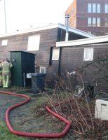 5 maart Hulpdiensten rukken uit voor zinkende woonboot Nieuwe Plantage Delft