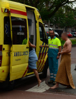 25 mei Vier bewoners naar het ziekenhuis na brand Goeverneurlaan Den Haag