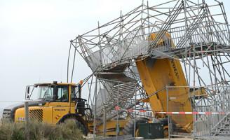 2 april Loopbrug geramd tijdens bouwwerkzaamheden Katwijk