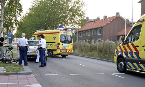 Media terplaatse_Fietser_geschept_Leiden_26072014_Image00104