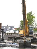 9 mei Bom aangetroffen tijden baggerwerkzaamheden Amphoraweg Leiden