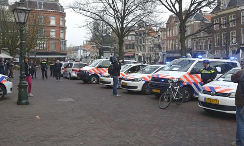 Mediaterplaatse_protest_aktie_politie_leiden_20032015_Image00099