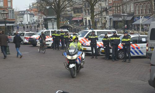 Mediaterplaatse_protest_aktie_politie_leiden_20032015_Image00100