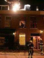 Melding binnenbrand blijkt schoorsteenbrand Hugo de Grootstraat