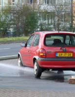 22 februari Voertuig lekt brandstof bij benzine station Delft