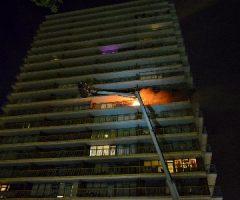 22 juli Drie gewonden bij brand in flatwoning Van Aalstlaan Zoetermeer
