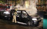 10 september Geparkeerde bus gaat in vlammen op De La Reyweg Den Haag [VIDEO]