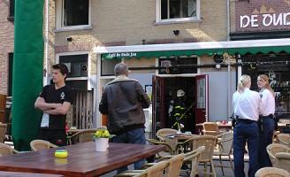 Binnenbrand melding Cafe de Oude Jan Heilige Geestkerhof