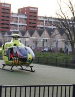 24 februari Man zwaargewond na val van dak Laakkade Den Haag