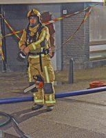 19 december Enorme brand zet tientallen mensen op straat Newtonstraat Den Haag